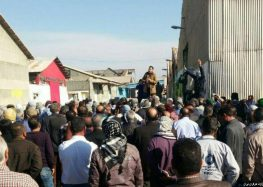 """This is Slavery"" 30 Sugar Plant Workers Arrested in Iran For Demanding Unpaid Wages"