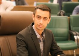 Prominent Iranian Activists Speak Out Against Councilman's Imprisonment